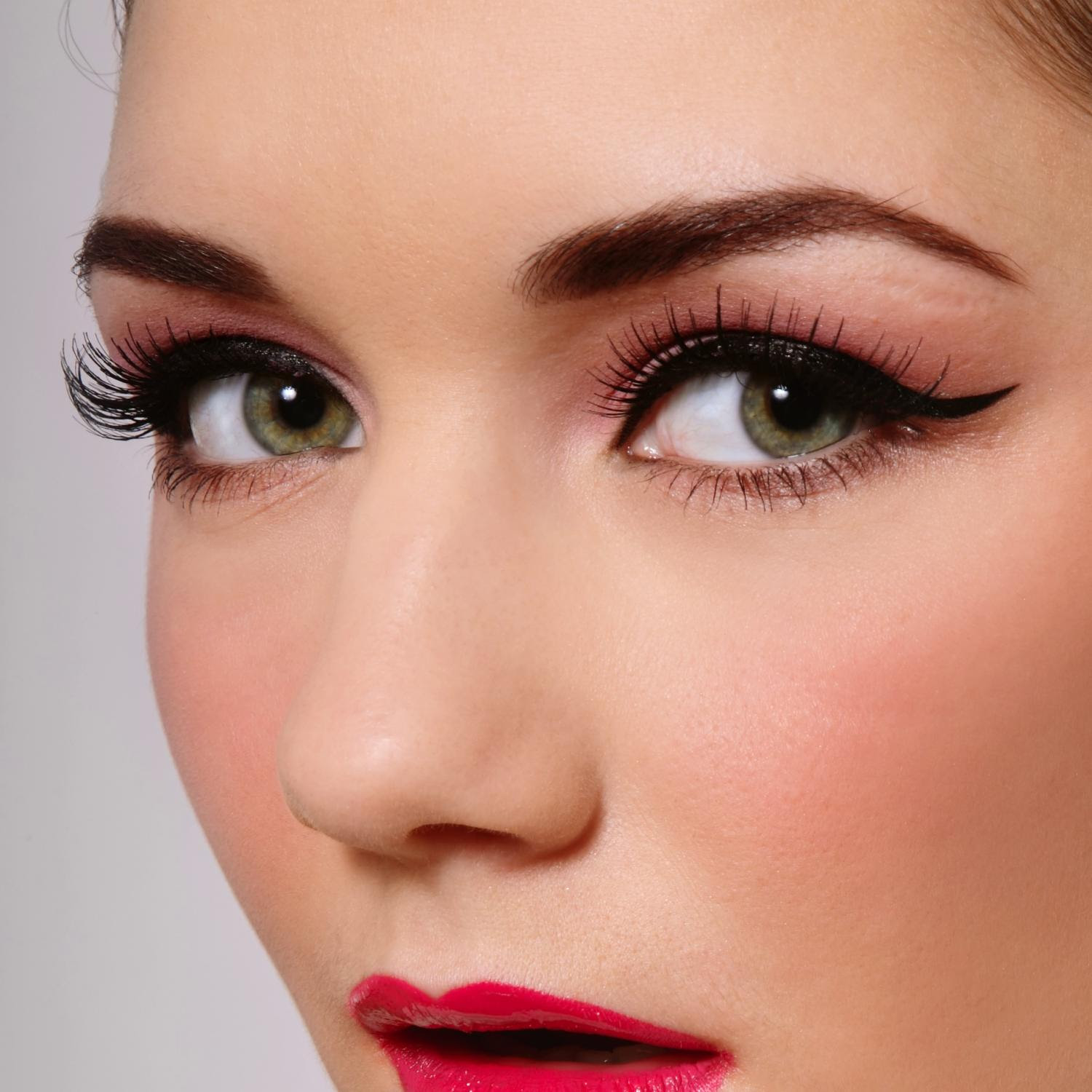 Natural Looking Makeup To Make You Feel Pretty ...