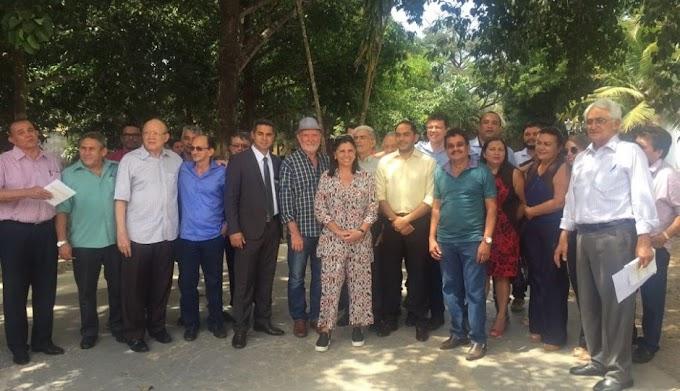 POLÍTICA: Roseana Sarney se antecipa a Flávio Dino e reúne prefeitos eleitos no MA