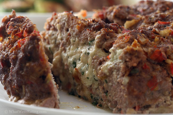 http://www.whatwereeating.com/food_pics/2007-10-15_stuffed-meatloaf-2.jpg