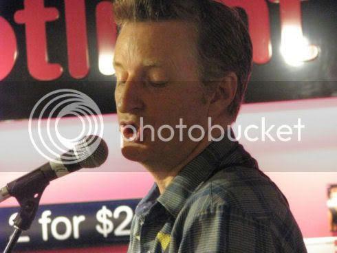 Billy Bragg at HMV: photo by Michael Ligon