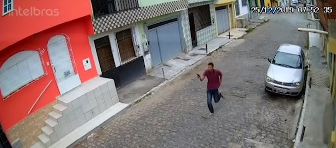 LIVRE DE NOVO (VÍDEO) | Jovem filmado atirando em homem é liberado por falta de provas