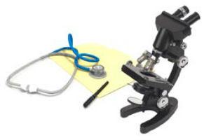 Microscopio, fonendoscopio y libreta de apuntes