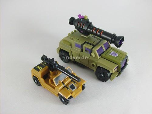 Transformers Swindle Animated Deluxe vs G1 - modo alterno