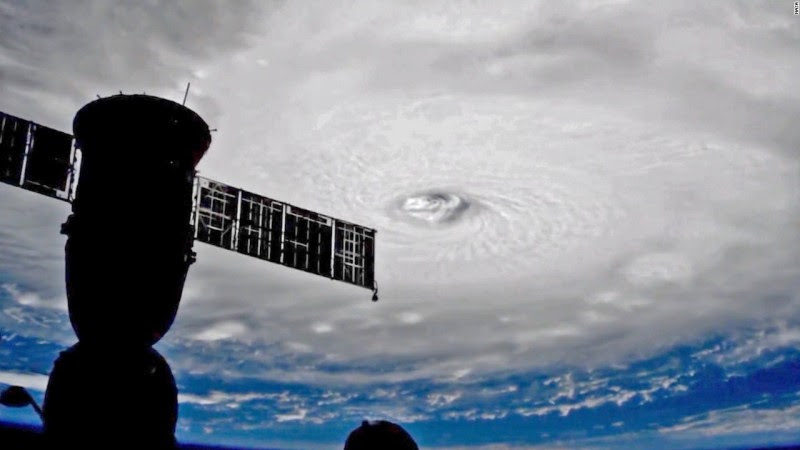 Risultati immagini per Uragano atlantico