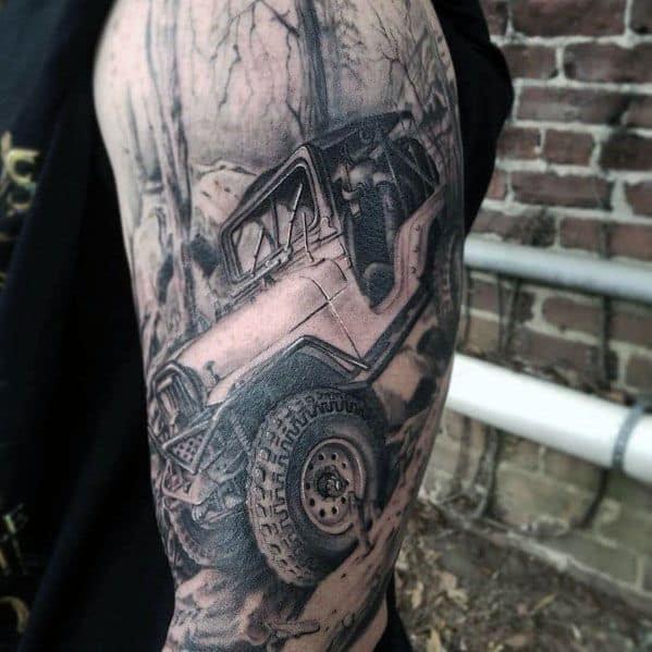 Tatuagens temáticas do jipe dos indivíduos doentes
