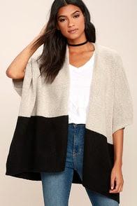 Olive & Oak Natural Order Light Grey and Black Sweater