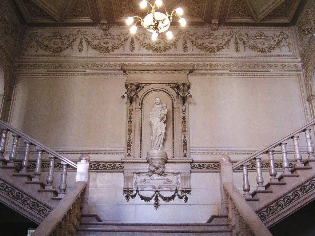 Stairs Of Honour Eretrap Sint Ursula Instituut Onze Lie