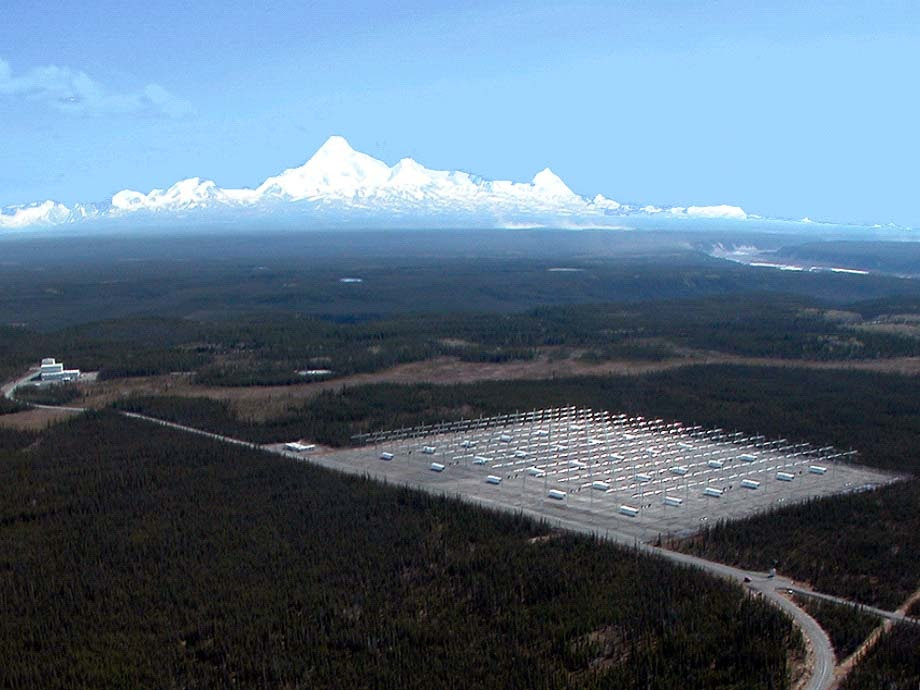 http://www.thelivingmoon.com/45jack_files/04images/Bases/haarp7.jpg
