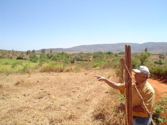 O amigo Antônio Antas, apontando os caminhos da história da Tataíra