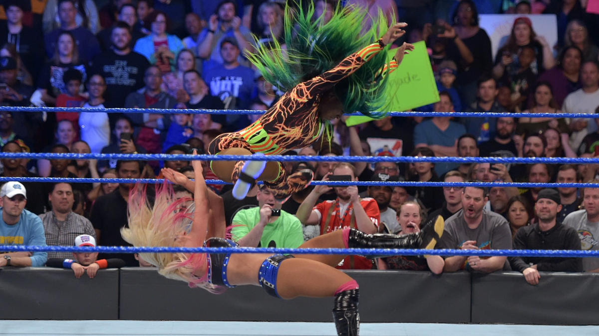 Naomi hits The Rear View on Little Miss Bliss.