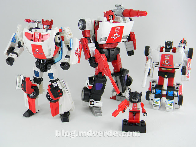 Transformers Red Alert - Masterpiece - modo robot vs otros Red Alert
