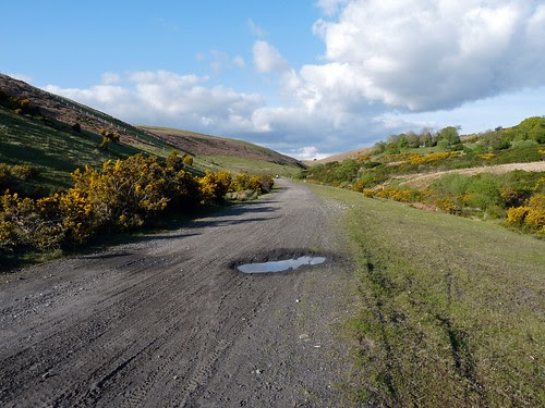 12465 - Cwm Dulais valley