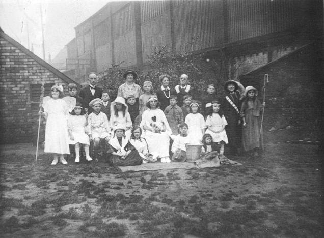 File:Students from the Sunderland School for the Blind, rehearsing their Nativity play (December 1924).jpg