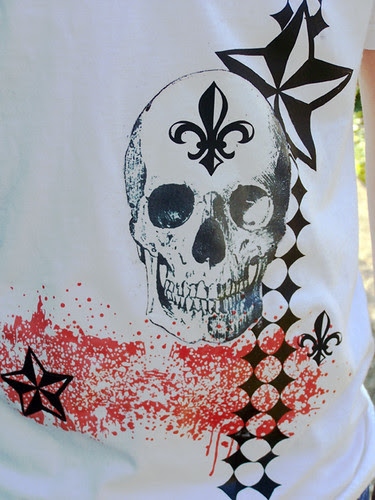 skull shirt close up