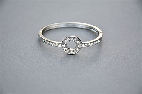 Free Images : metal, engagement, jewelry, circle, bracelet