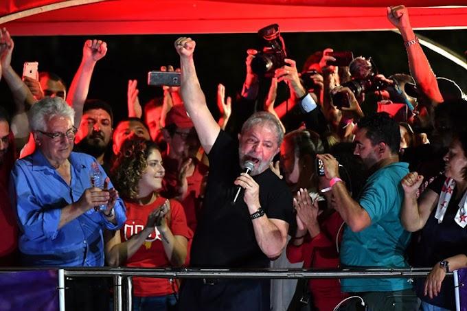 BRASIL - PT ameaça registrar candidatura de Lula mesmo com ele preso