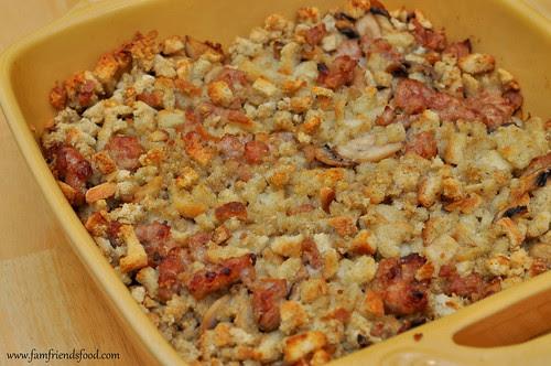 Sausage-and-Mushroom-Stuffing