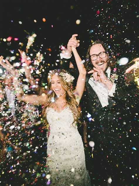 21 Creative Wedding Send Off Ideas So You Can Exit in