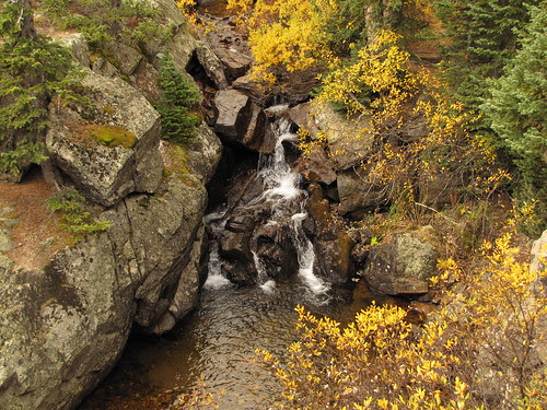 IMG_6371_Waterfall_Along_Fall_River_Road_Rocky_Mountain_National_Park