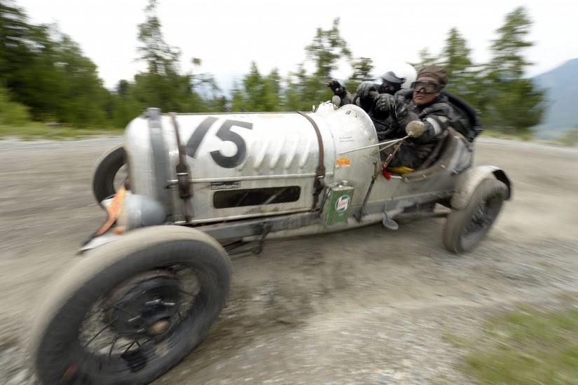 Rally de coches antiguos