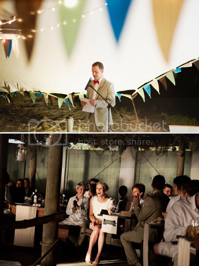 http://i892.photobucket.com/albums/ac125/lovemademedoit/welovepictures/StrandKombuis_Wedding_099.jpg?t=1324655150