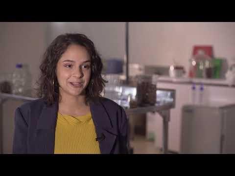 A jovem cientista da escola pública que chegou onde nenhum brasileiro chegou