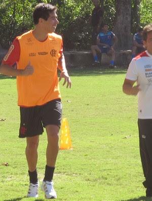 caceres treina normalmente (Foto: Janir Junior / Globoesporte.com)