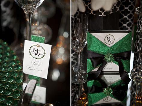 Modern & Glamorous Emerald Green Wedding Inspiration