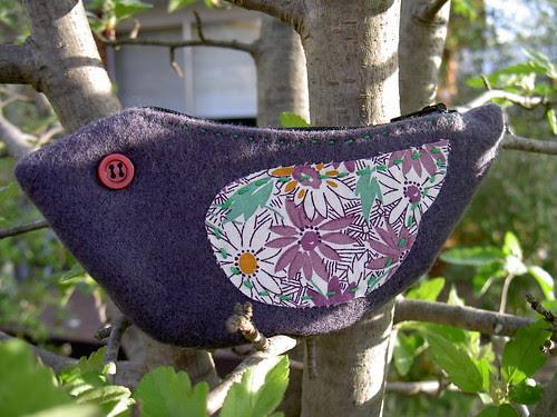 Birdie pouch