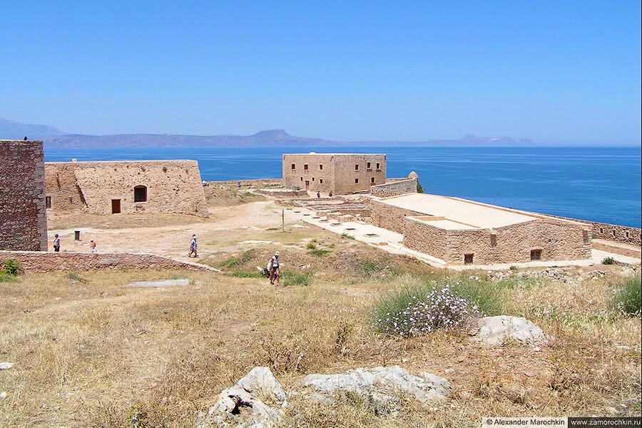 В крепости Фортецца (Ретимно, Крит, Греция)