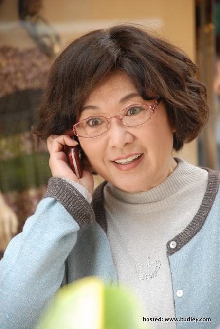 Louise Lee