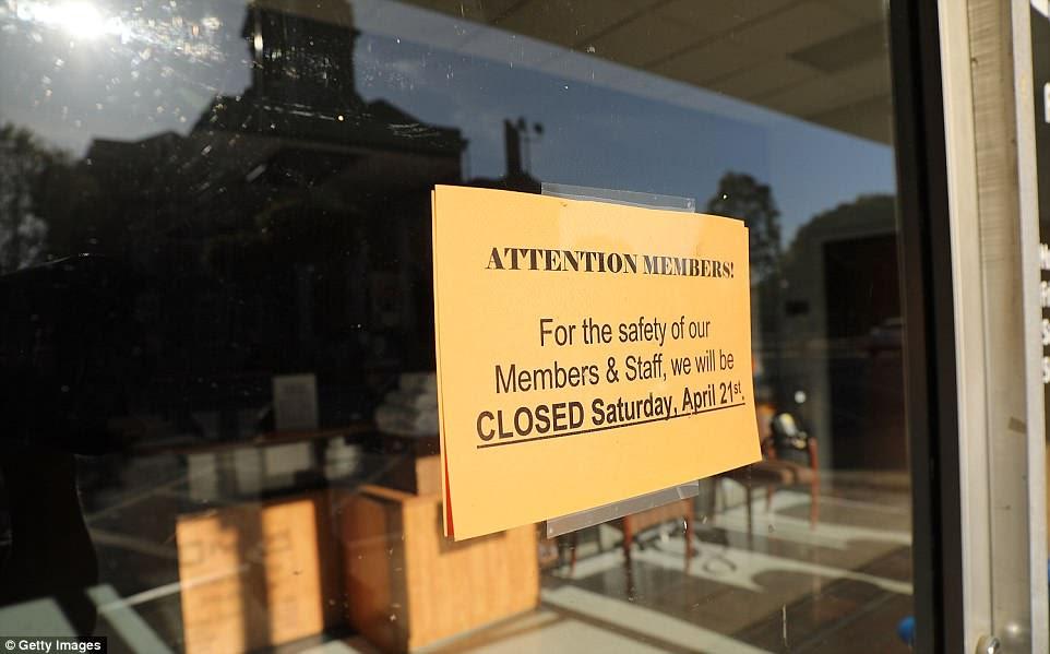 Algunas empresas locales han cerrado anticipando los eventos del sábado para alentar a los residentes a mantenerse alejados de la manifestación