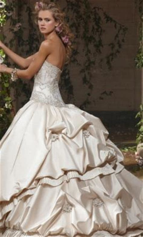 Eve of Milady $4,000 Size: 8   Used Wedding Dresses