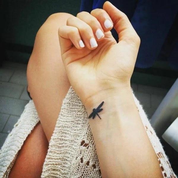75 desenhos de tatuagem de libélula bonito e sexy 29 por Bryan