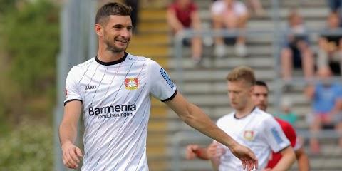 Alario : El Leverkusen recurre a la FIFA por Alario : Lucas alario fifa mobile 18 • bayer 04 leverkusen • argentina.