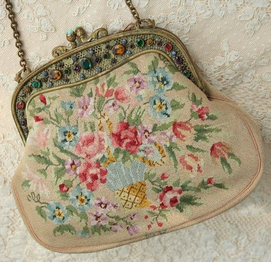www.eyefordesignlfd.blogspot.com  Decorating With Antique Needlepoint Purses