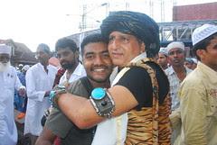 Hindu Aur Muslim Bhi Idd Manate Hain by firoze shakir photographerno1