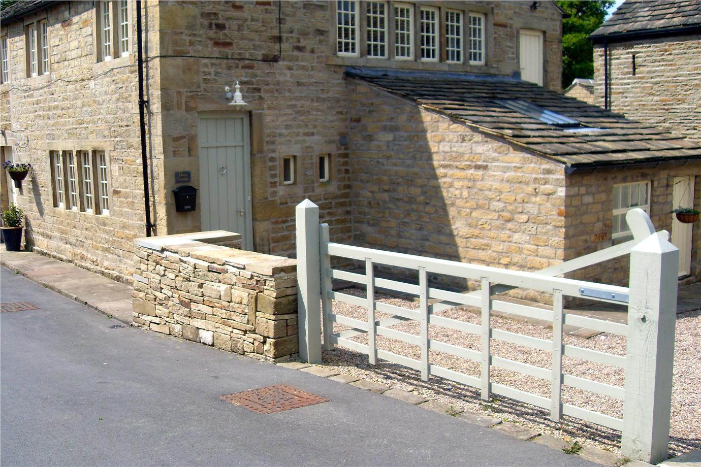 The Top Ten Front Door Paint Colours For Cotswold Stone Houses Farrow and Ball French Gray