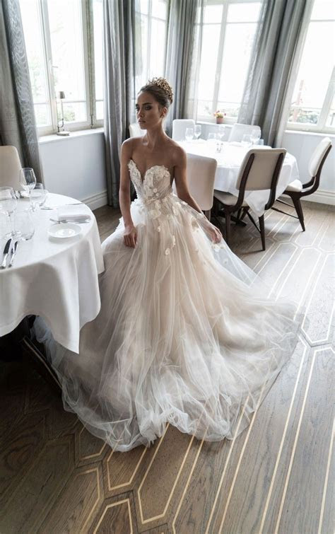 Best 25  Most beautiful wedding dresses ideas on Pinterest
