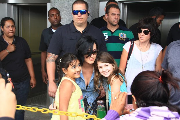 Katy Perry no Cristo Redentor (Foto: Foto Rio News)