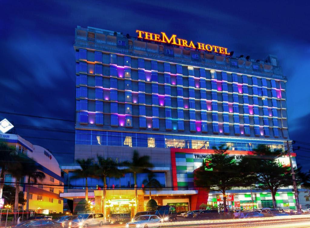 Top 16 khách sạn Bình Dương được đánh giá cao và đặt phòng nhiều đầu năm 2021 uy tín từ Agoda