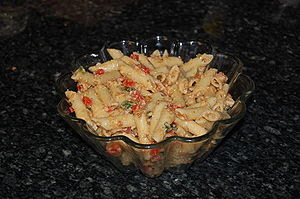 English: The pasta salad at the Du Ve Sue in N...