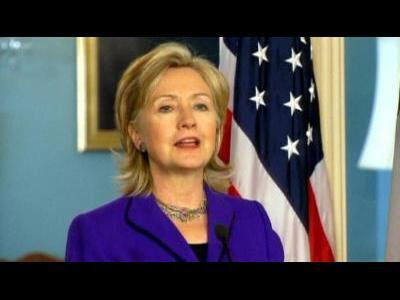 Clinton softens rhetoric on Israel