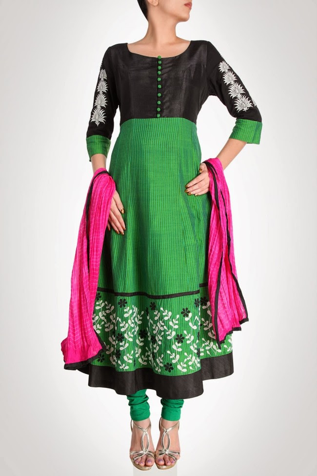Girls-Wear-Beautiful-Maxi-Anarkali-Fashion-Frock-Fashion-by-Designer-Debashri-Samanta-10