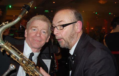 In depth information on Ireland's best wedding band, Vegas