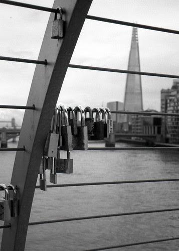 locks and shard by pho-Tony