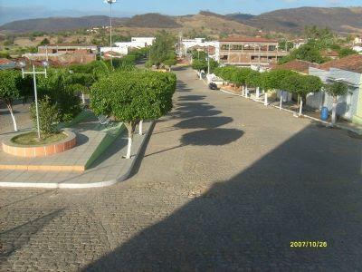 http://www.ferias.tur.br/imgs/5402/quixaba/g_praca-da-igreja-de-sao-sebastiao-quixaba-pe..jpg