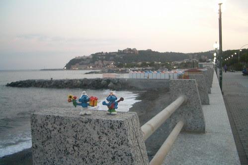 "lungo ""mare"""