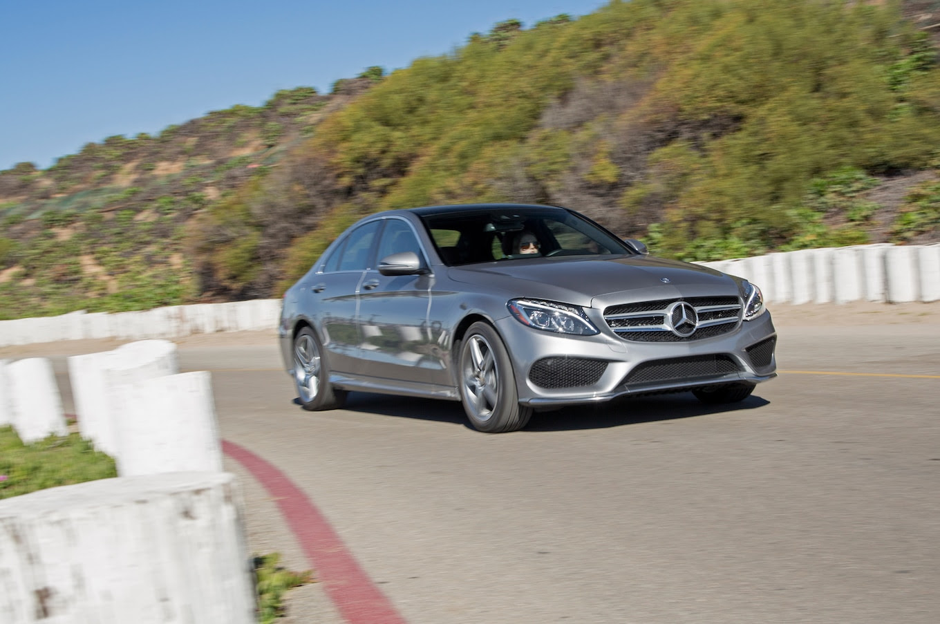 2016 Mercedes-Benz C300 RWD First Test - Motor Trend