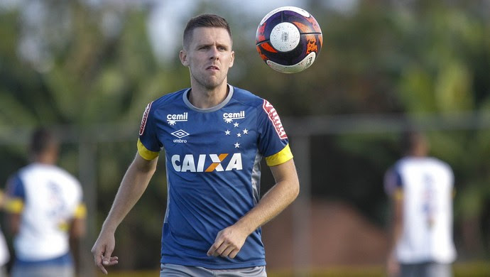 Ezequiel; Cruzeiro (Foto: Washington Alves/Light Press)